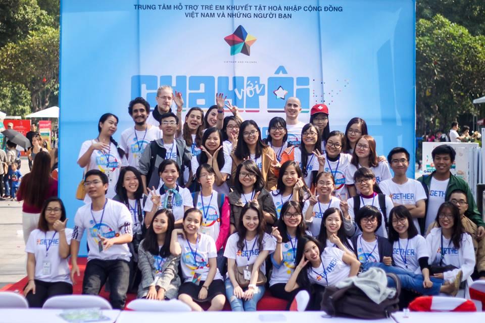 2IQM: eperienza in Vietnam per sostenere i ragazzi non vedenti
