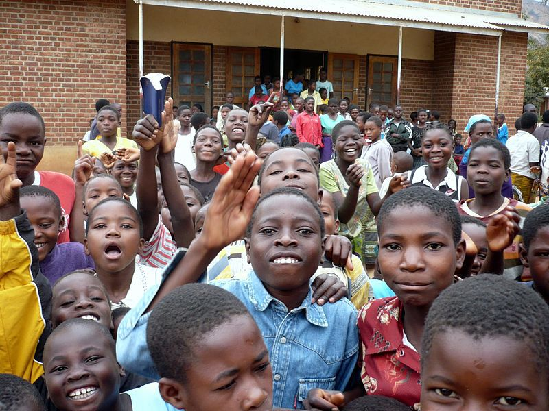 """Call for experts """"Improving Basic Education"""" in Malawi"""