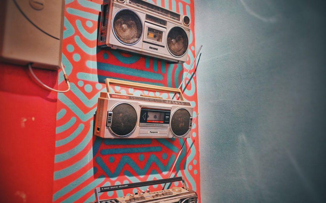 Aïol: Animazione radiofonica e videomaking per un anno in Francia