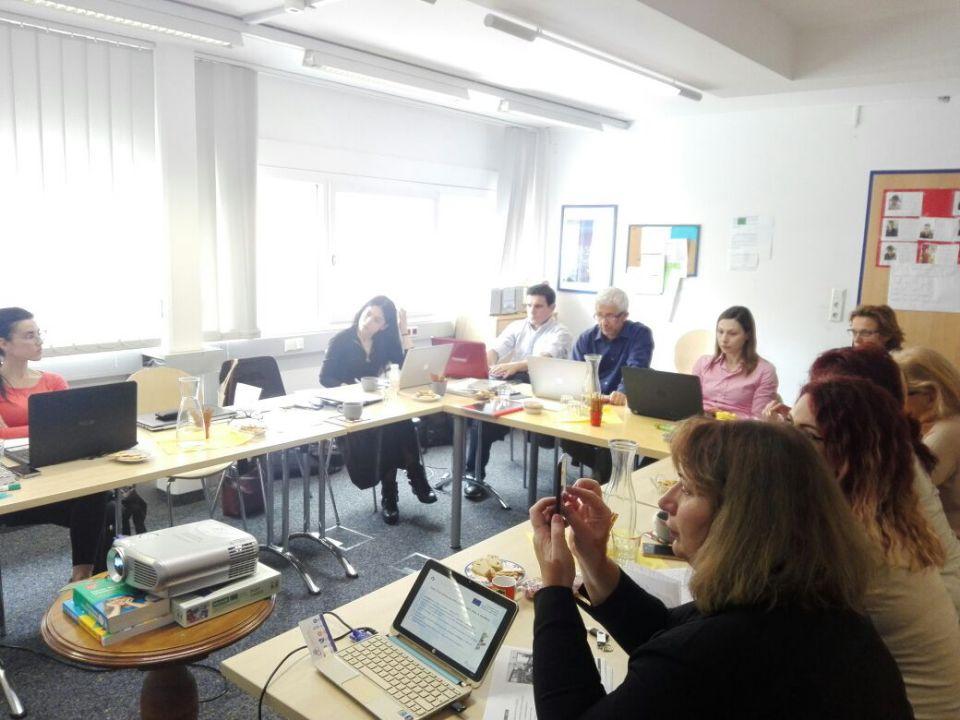 Foto incontro ad Innsbruck per Polyglot