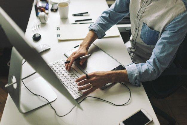 MoreThanAJob: Selezione esperto in sviluppo di piattaforme online