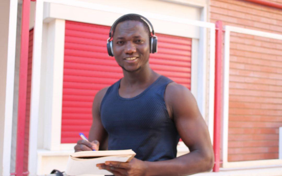 Eroi di comunità: intervista a Ismaila Kouyaté