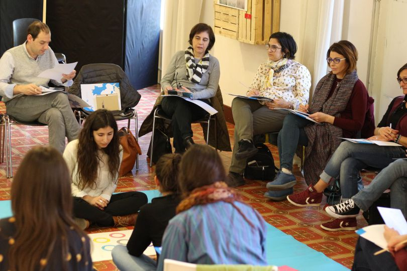 Working with symbols: towards the creation of a SymfoS trainers network in Sicily